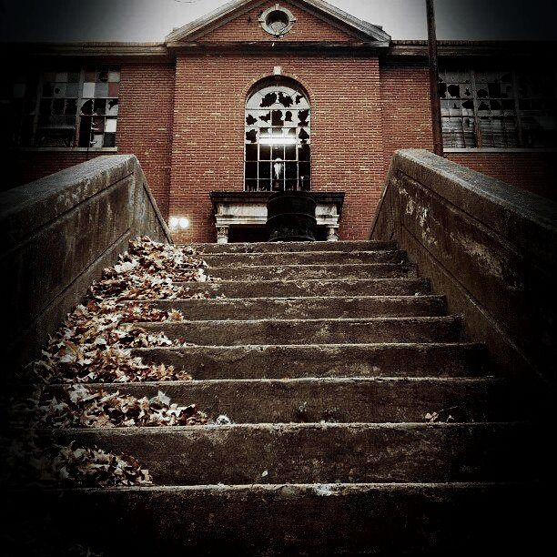 Scareview Grave School